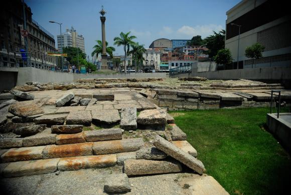 Cais do Valongo, no Rio, recebe título de patrimônio da Unesco